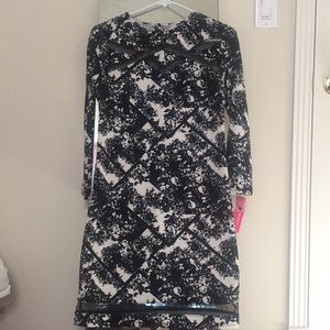 Semi fitted dress, new!